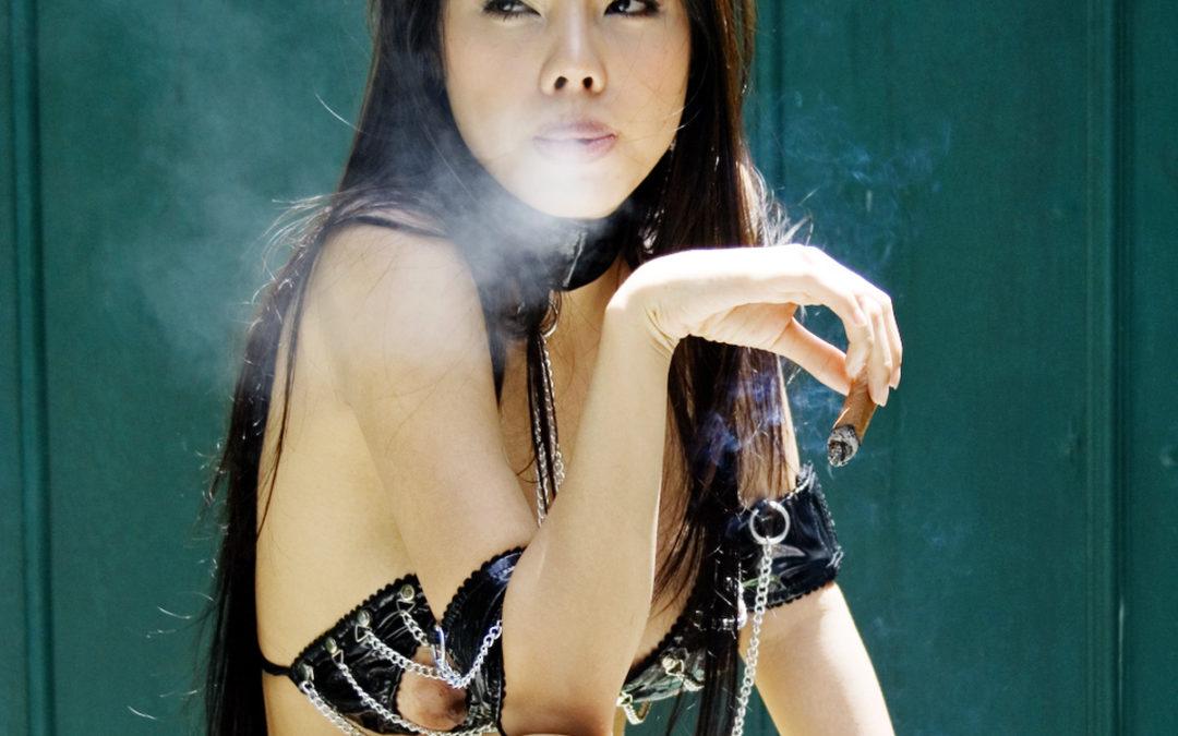 Fetisch – Rauchende Girls