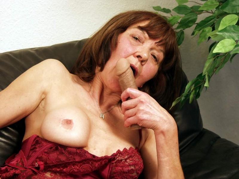 Rentnersex mit Oma Karo